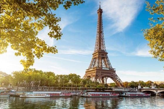 フランス 旅行 予算