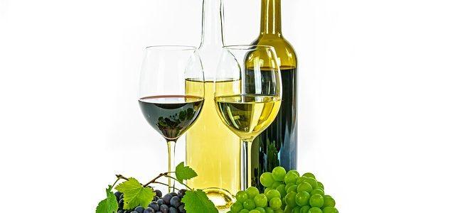white-wine-1761771_640
